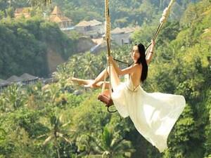 Bali Swing & Uluwatu Tour